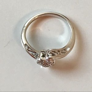 Jewelry - Diamond heart ring set in sterling silver